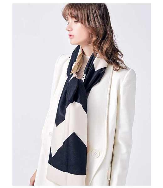 luxury cashmere scarf in elegant fashion for women