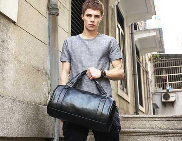 78b46665f28b7 black travel bag for men 1