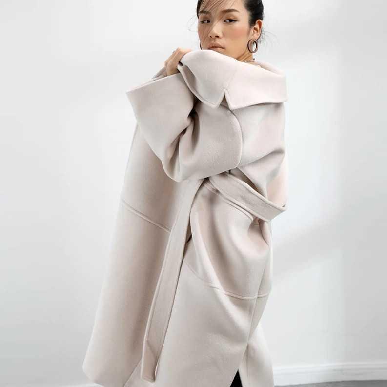 long oversized coat in white for women 14