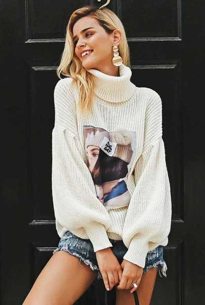 knitted turtleneck sweater with print 18