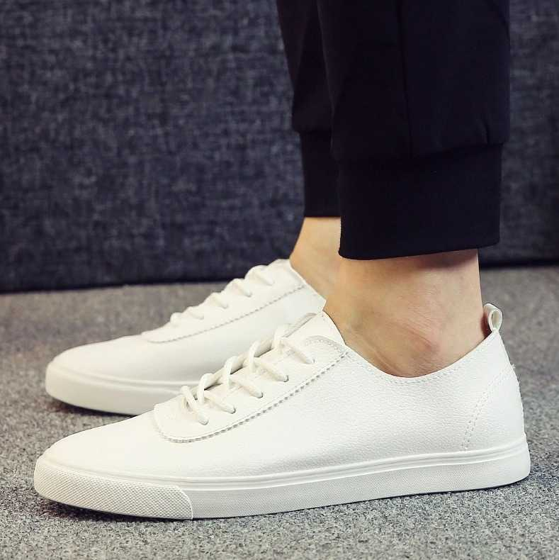 d55a81314fc9b Sneakers in casual style for men