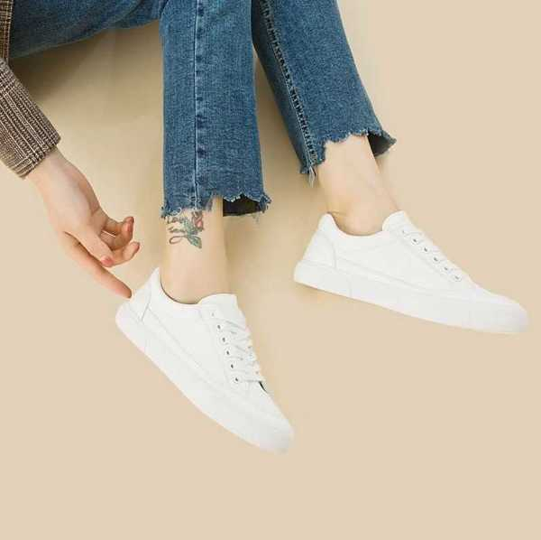 white leather sneakers for women 14