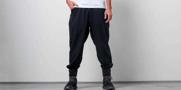 Y-3 Quilted Casual Pants Black GOOFASH 32577_M