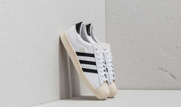 3a10d80767 adidas Superstar OG Ftw White/ Core Black/ Off White GOOFASH 25389_12_5