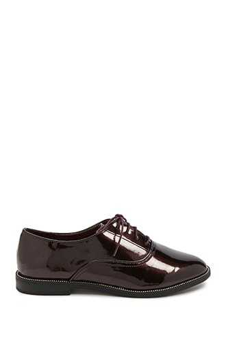 Forever 21 Faux Patent Leather Oxfords  Burgundy GOOFASH 2000326972025