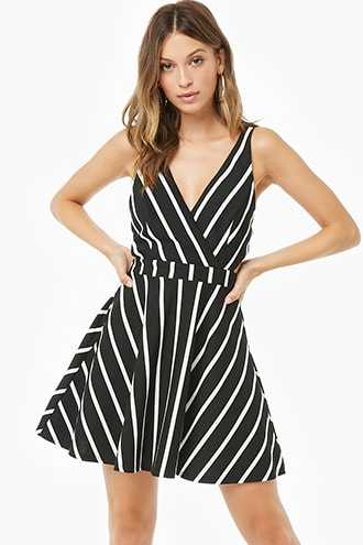 8e2fad43420 Forever 21 Striped Fit   Flare Dress Black ivory GOOFASH 2000306349024
