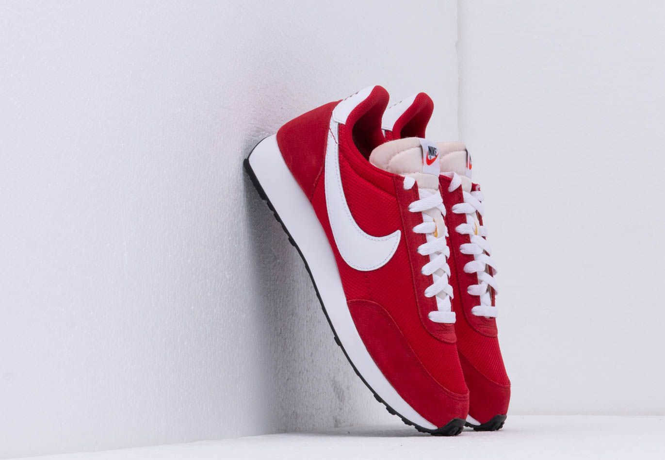 Nike Air Tailwind 79 Gym Red/ White