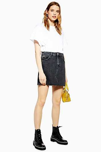 Washed Black Denim Mini Skirt - Washed Black - Topshop - GOOFASH - 602019001308934