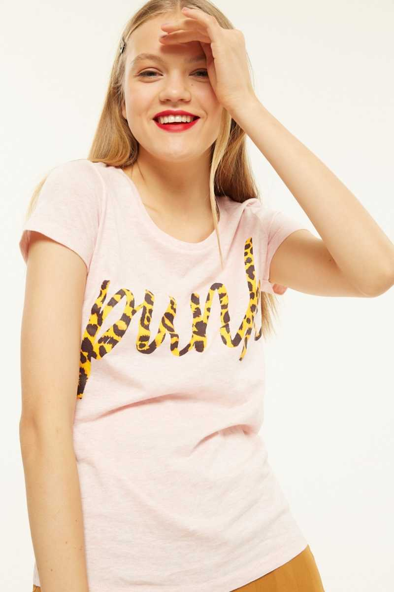 Classy Punk T-Shirt  - Pink - Own The Look - GOOFASH