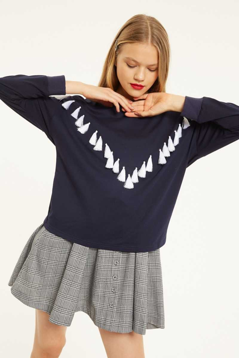 Cubic Jumper With Tassel Detail  - Navy - Own The Look - GOOFASH