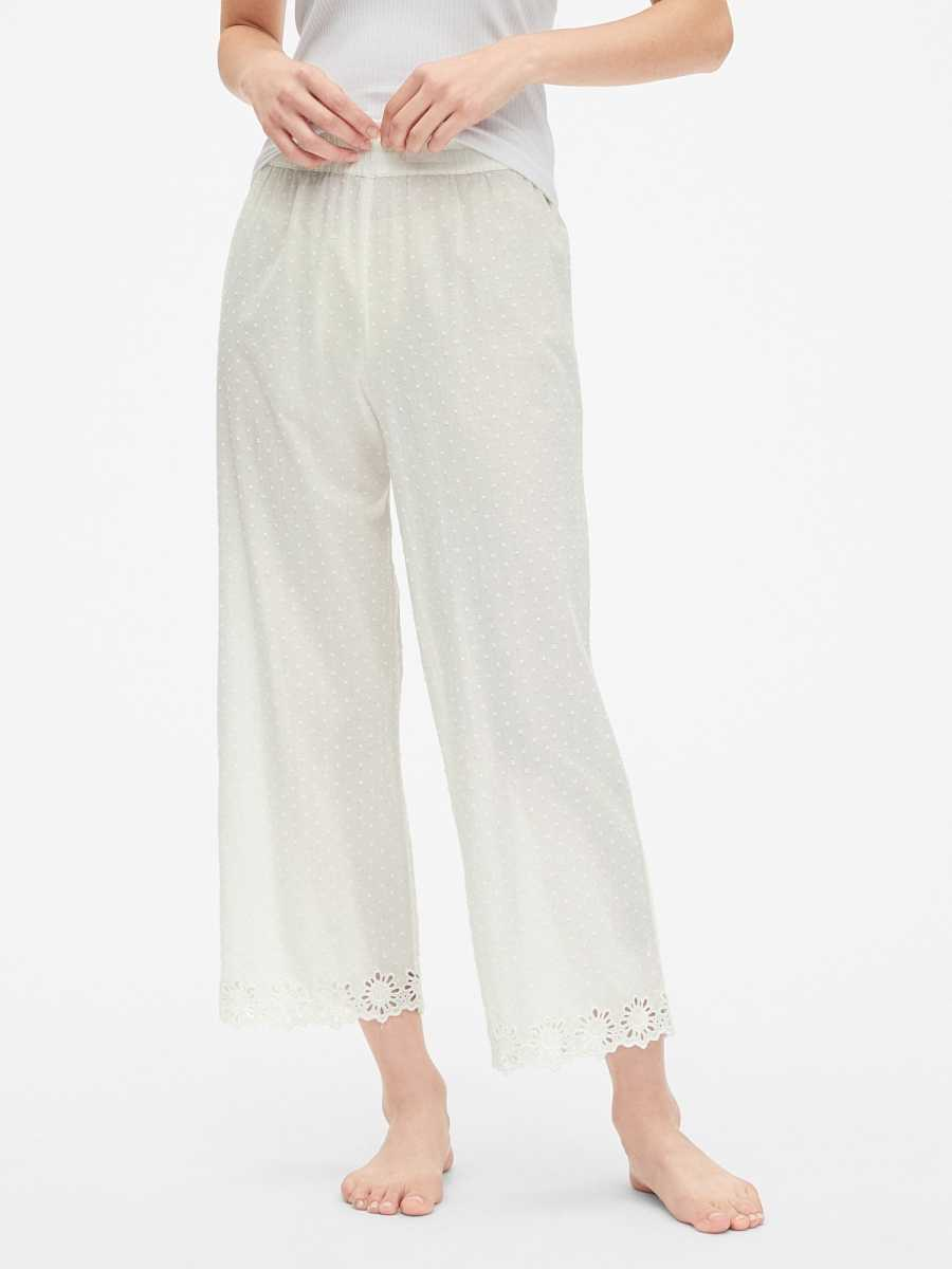 Dreamwell Embroidered Pants in Swiss Dot White - Gap - GOOFASH