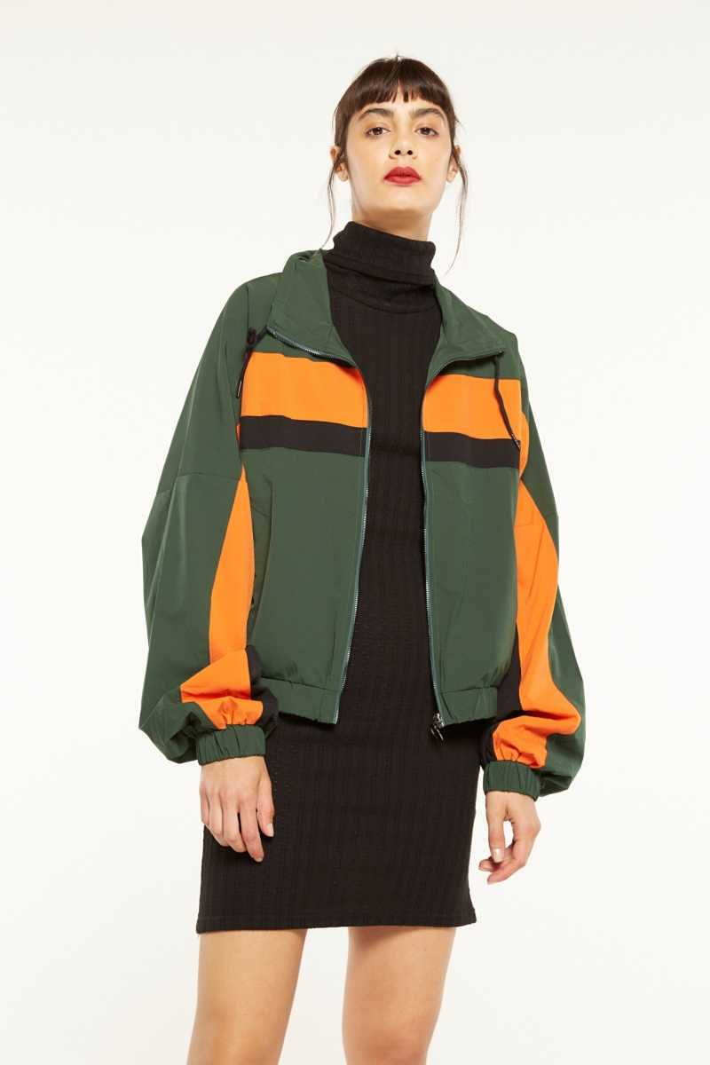 Elli White Cropped Jacket With Zip Detail  - Green - Own The Look - GOOFASH
