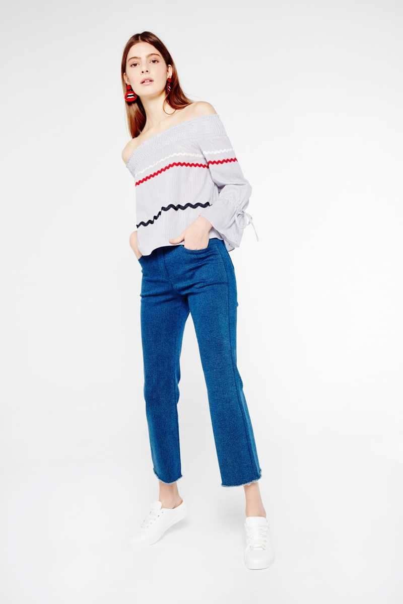 English Factory Off-The-Shoulder Top With Stripe Detail - Own The Look - GOOFASH