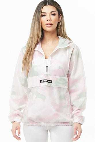 Forever 21 Members Only Camo Print Anorak  Pink/multi GOOFASH 2000332639015