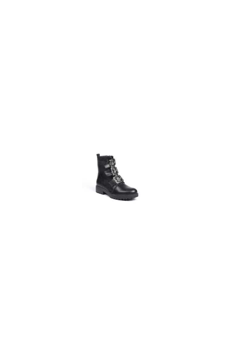 Ideal Boot With Buckle- Black - Own The Look - GOOFASH