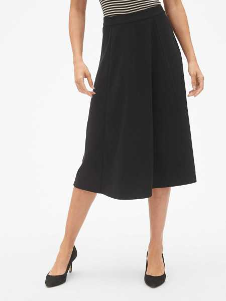 Midi Circle Skirt in Ponte Black - Gap - GOOFASH