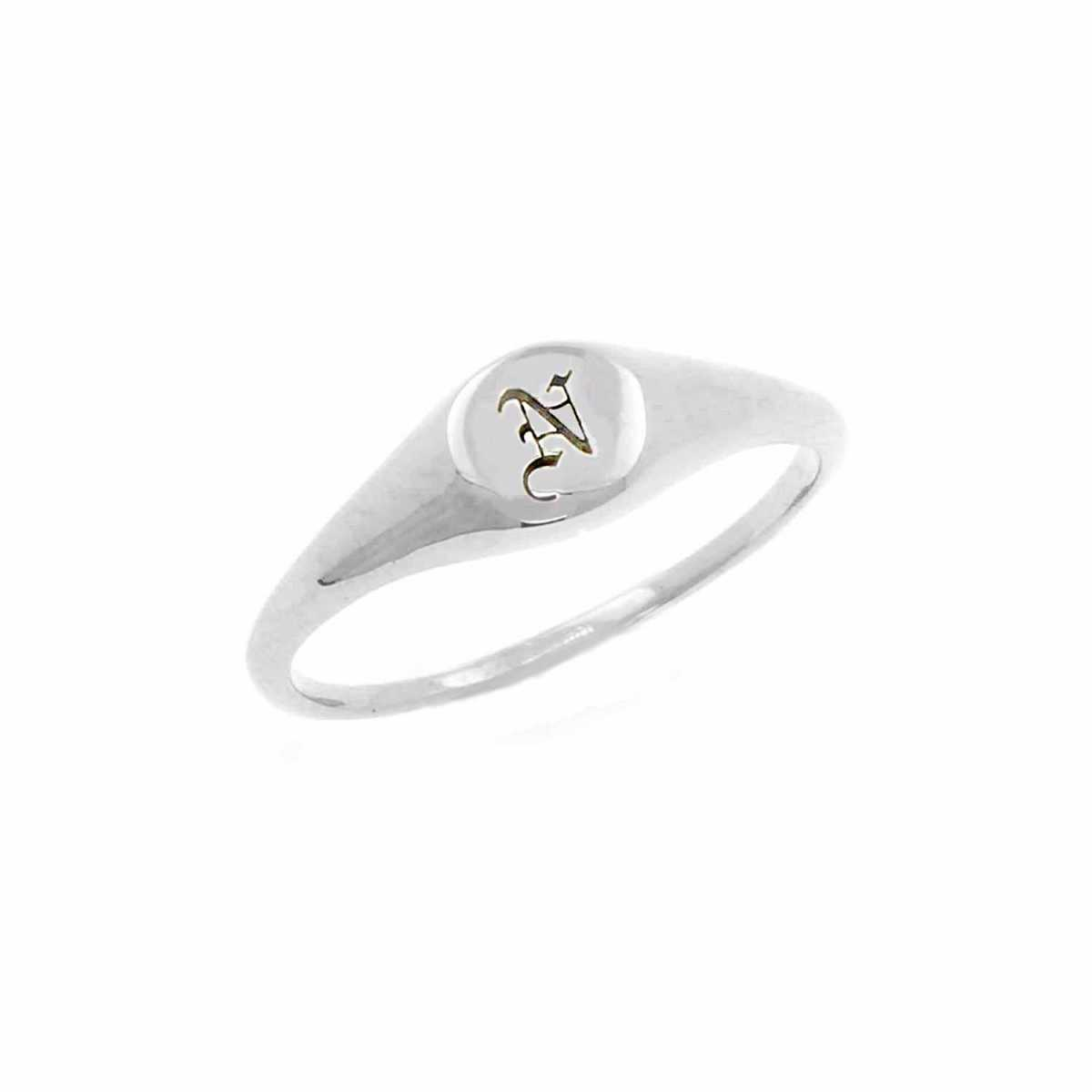 No 13 - Mini Initial Signet Ring Silver - Wolf And Badger - GOOFASH