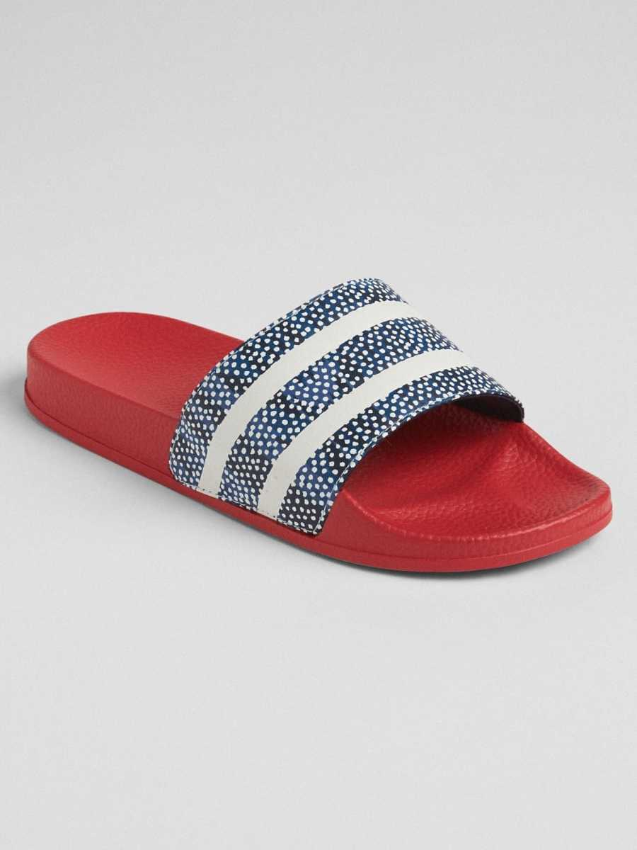 Print Slide Sandals Dot Print - Gap - GOOFASH