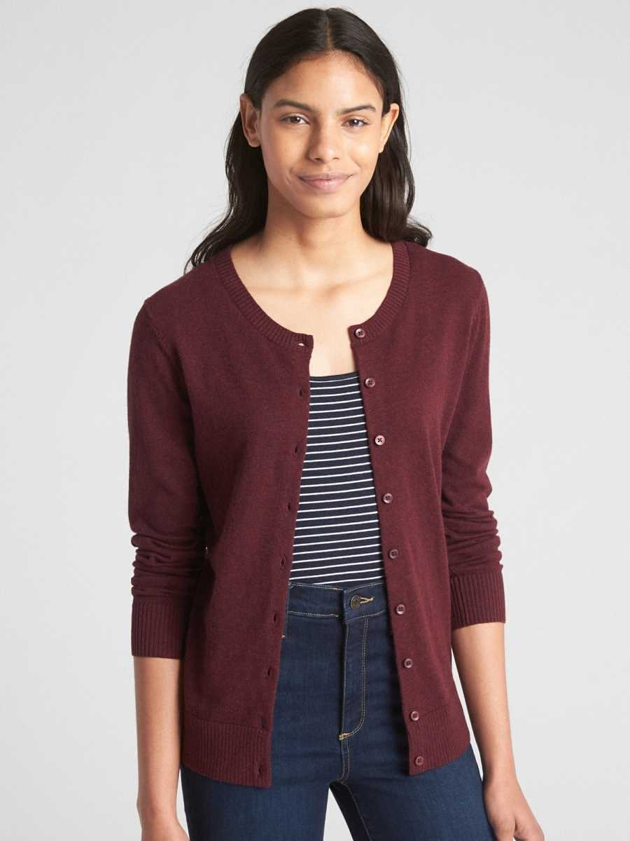 Slim Crewneck Cardigan Sweater Burgundy - Gap - GOOFASH