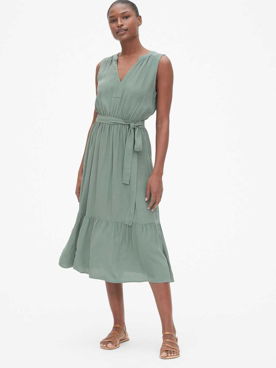 Split-Neck Tiered Midi Dress Palm Green - Gap - GOOFASH