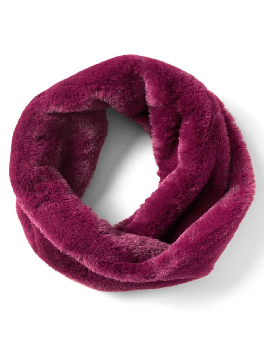 Twisted Faux Fur Snood Scarf - Banana Republic - GOOFASH