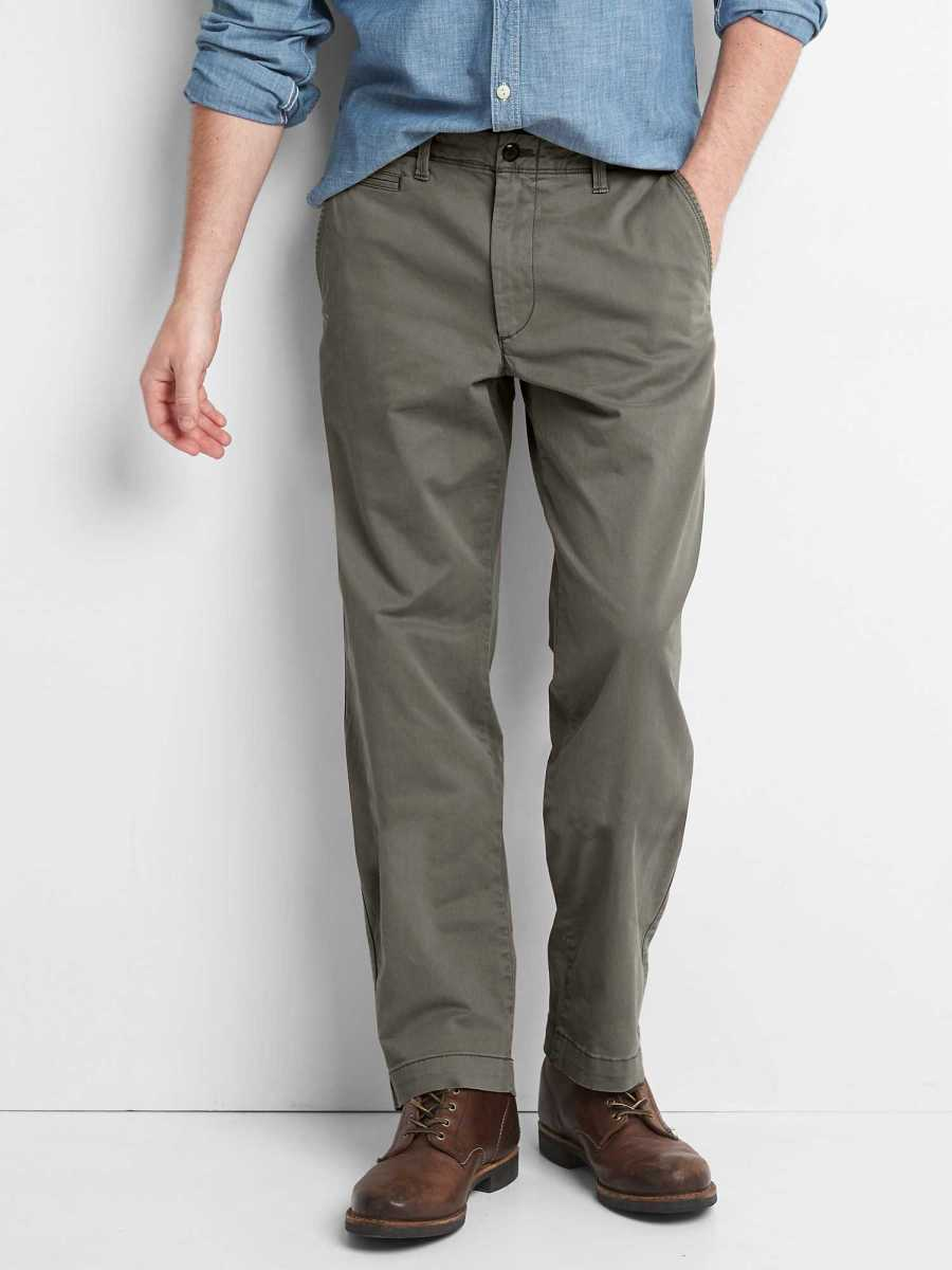 Vintage Khakis in Relaxed Fit with GapFlex Flint Grey - Gap - GOOFASH