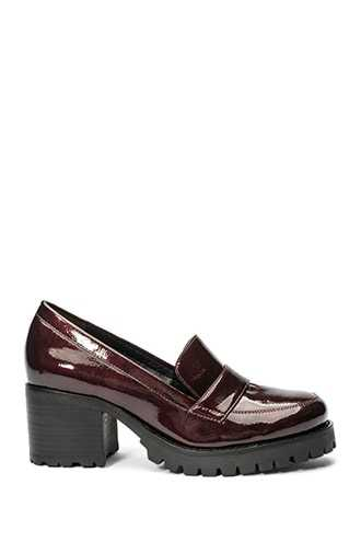 Forever 21 Jane and the Shoe Block Heel Loafers  Burgundy - GOOFASH