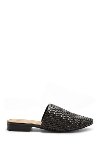 Forever 21 Pointed Toe Basketweave Flats  Black - GOOFASH