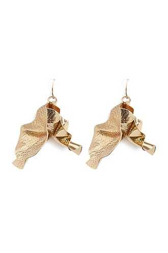 Forever 21 Textured & Smooth Crinkled Drop Earrings  Gold - GOOFASH