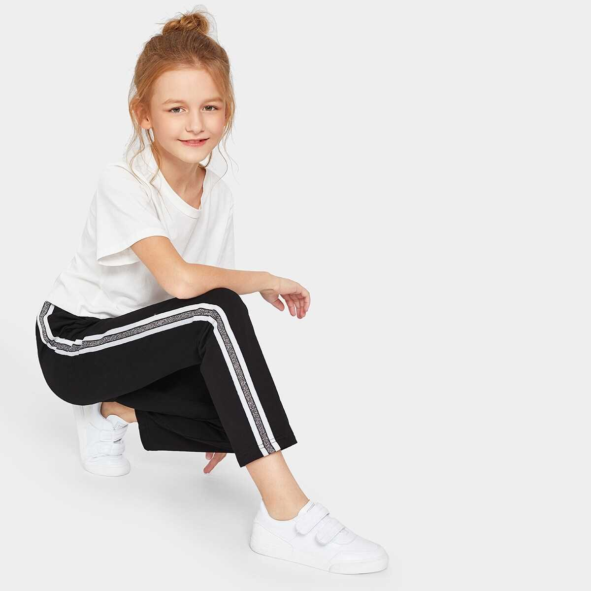 Girls Slant Pocket Contrast Tape Side Pants - Shein - GOOFASH