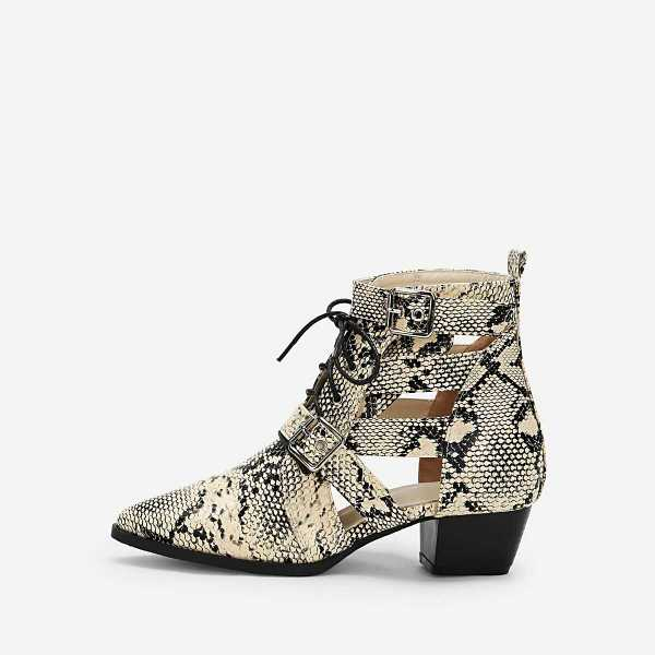 Snakeskin Print Lace Up Ankle  Boots - Shein - GOOFASH