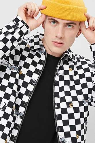 Tom & Jerry Graphic Checkered Jacket at Forever 21  White/black - GOOFASH