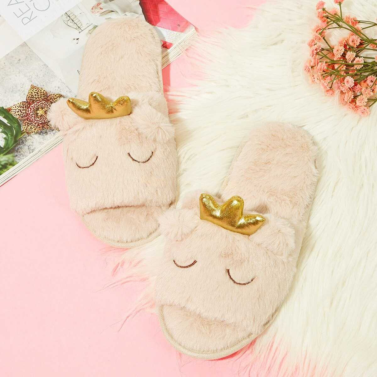 Contrast Crown Fluffy Slippers - Shein - GOOFASH