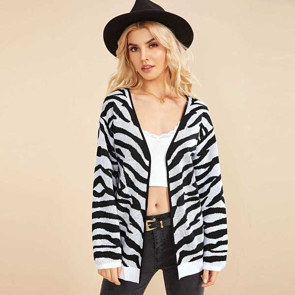 Drop Shoulder Tiger Pattern Cardigan in Black and White by ROMWE on GOOFASH
