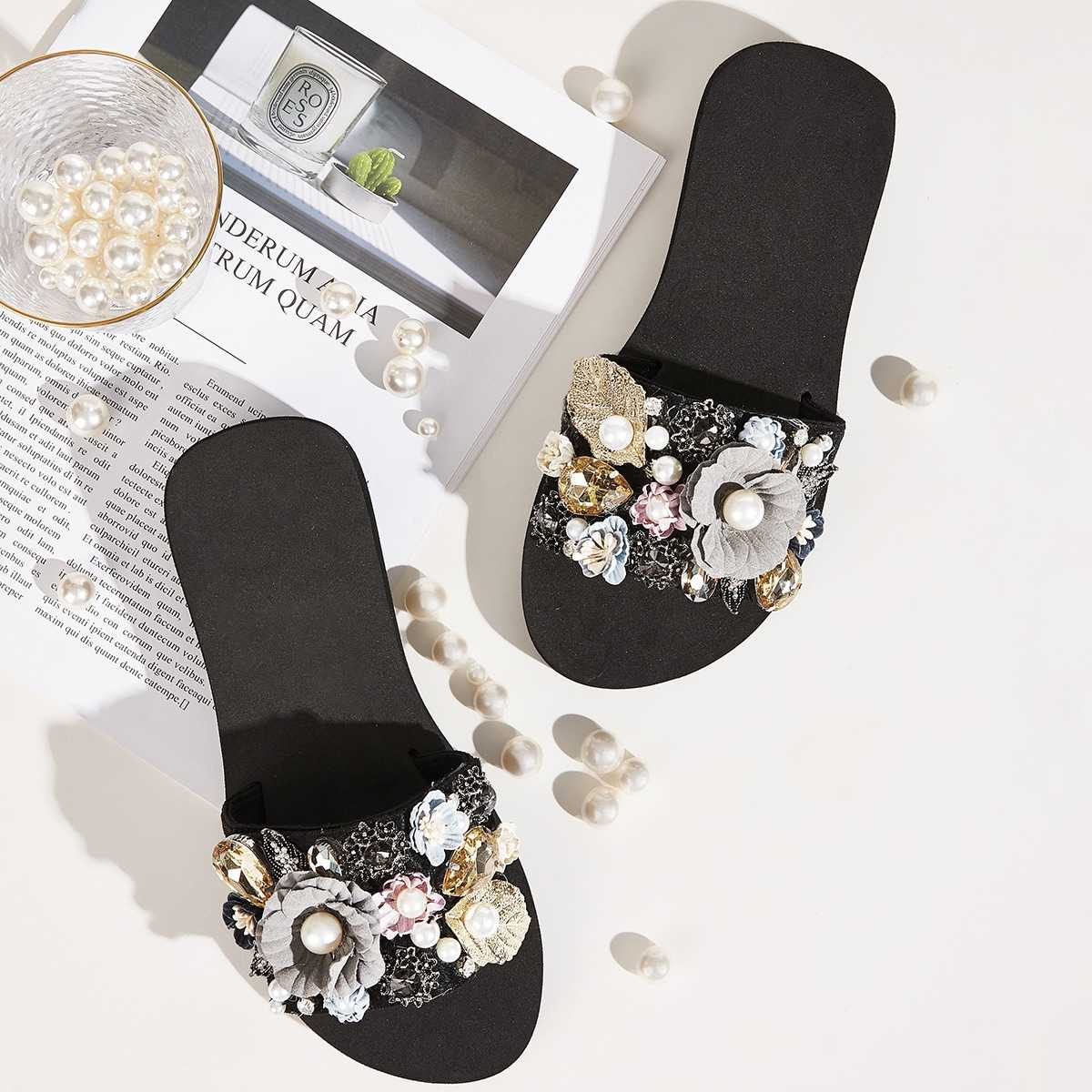 Floral Applique Open Toe Sliders in Multicolor by ROMWE on GOOFASH