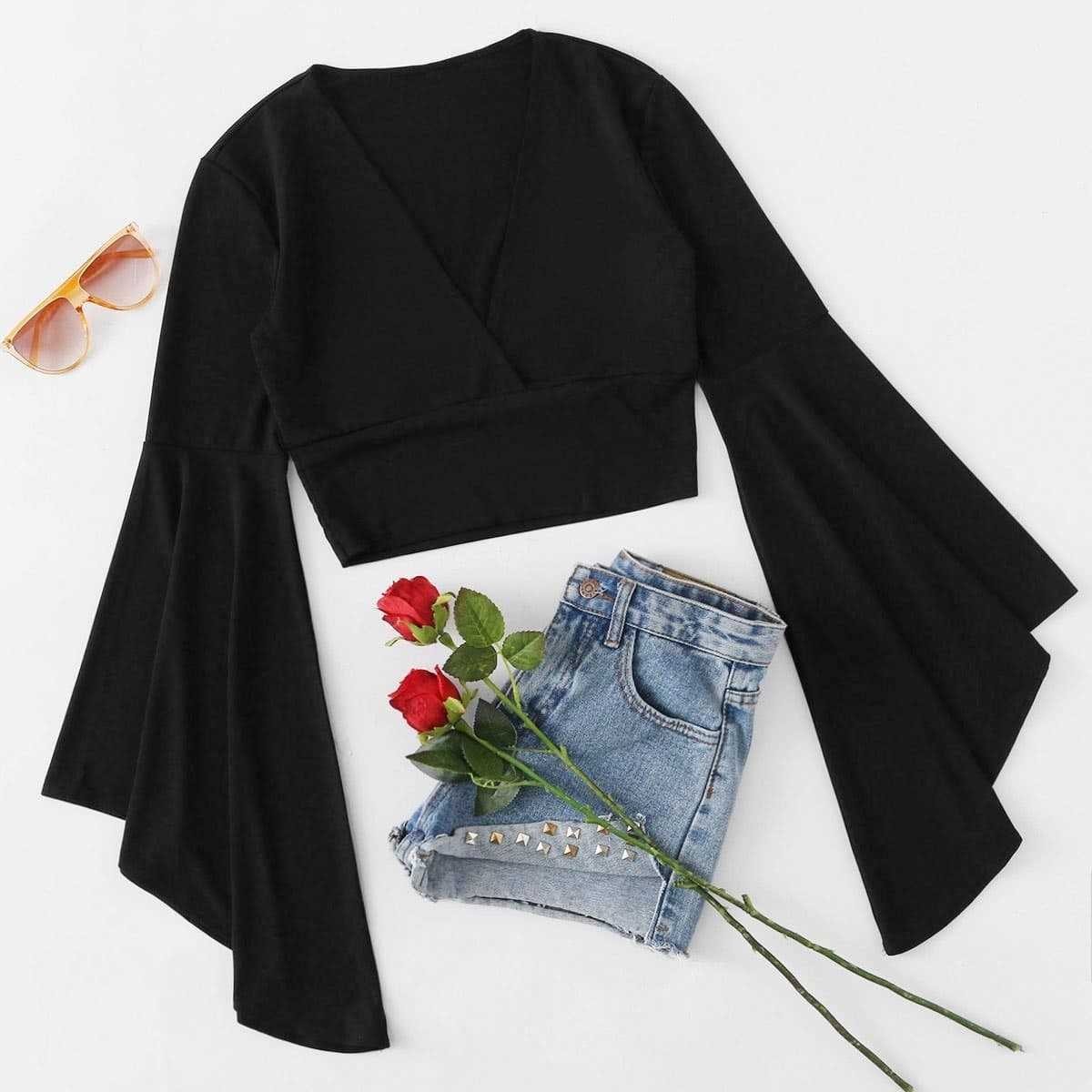 Fluted Sleeve Surplice Tee in Black by ROMWE on GOOFASH
