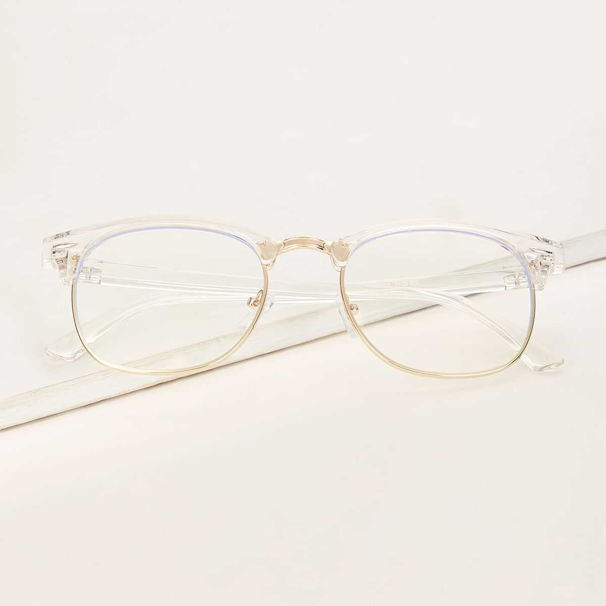 Guys Transparent Arms Metal Frame Glasses in White by ROMWE on GOOFASH
