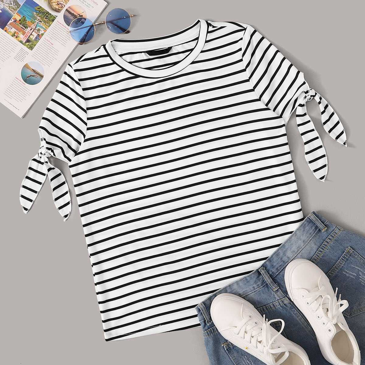 Knot Cuff Striped Tee in Black and White by ROMWE on GOOFASH