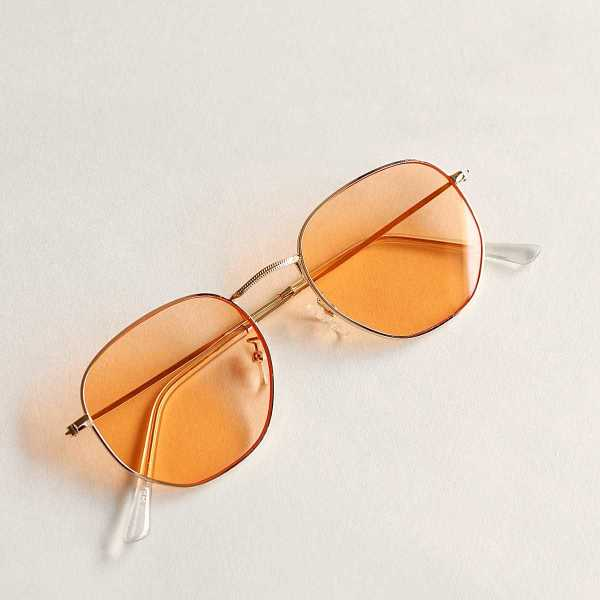 Metal Frame Tinted Lens Sunglasses in Multicolor by ROMWE on GOOFASH