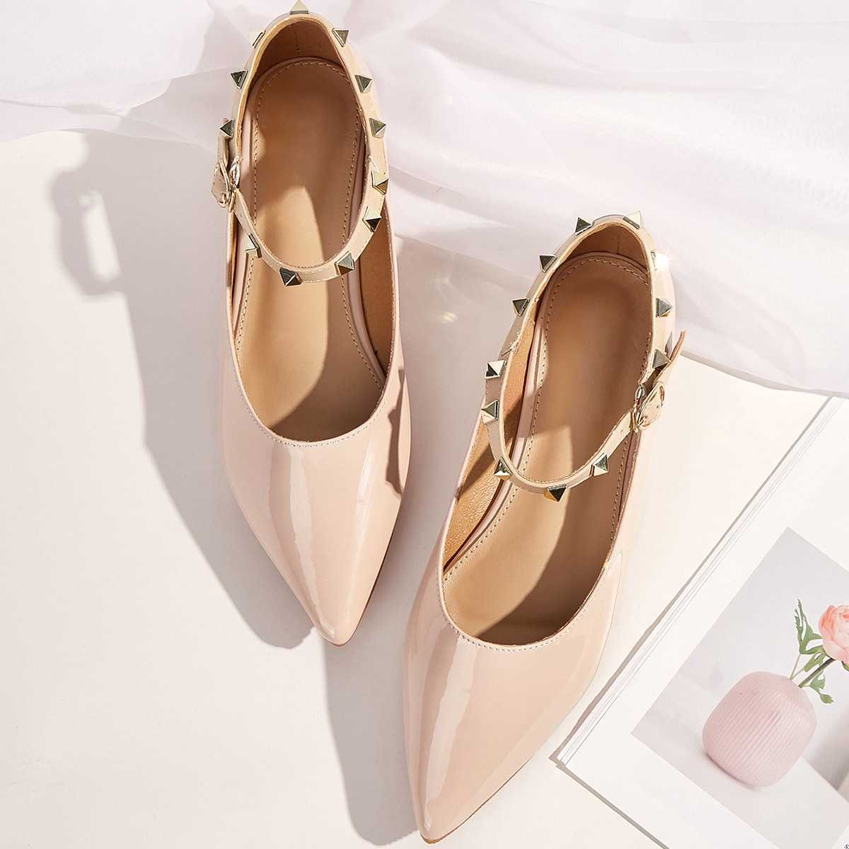 Point Toe Studded Buckle Strap Flats in Apricot by ROMWE on GOOFASH