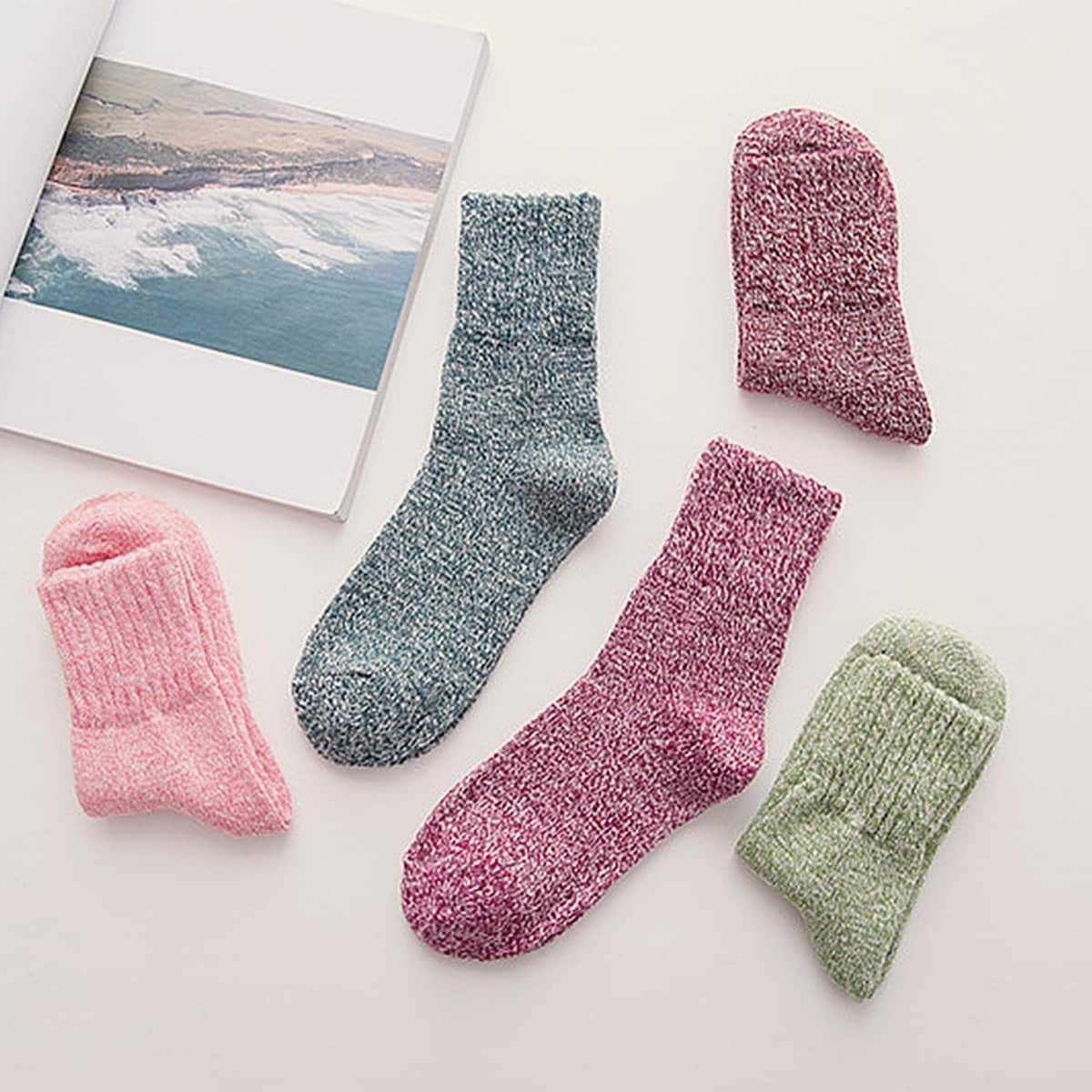 Simple Socks 5pairs in Multicolor by ROMWE on GOOFASH
