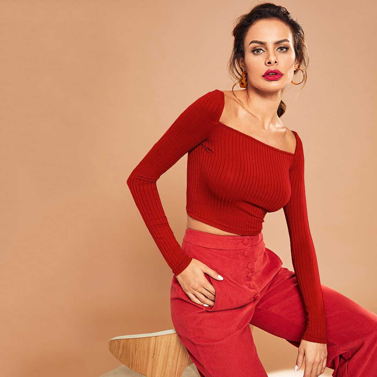 Square Neck Ribbed Knit Crop Tee in Red by ROMWE on GOOFASH