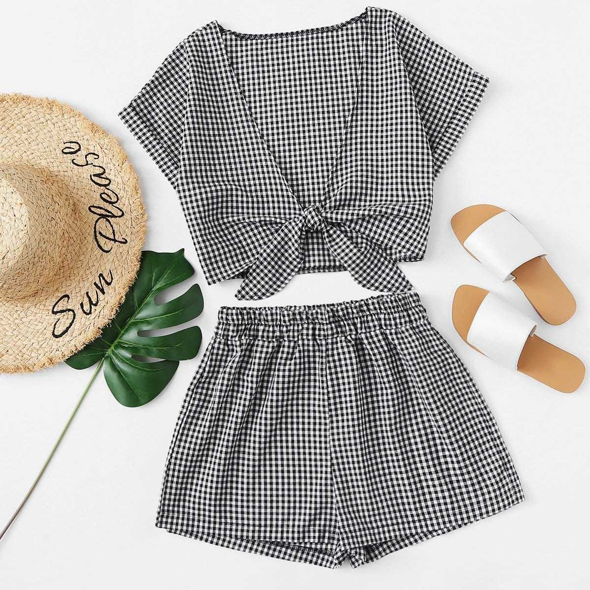 Tie Front Gingham Top With Shorts in Black and White by ROMWE on GOOFASH