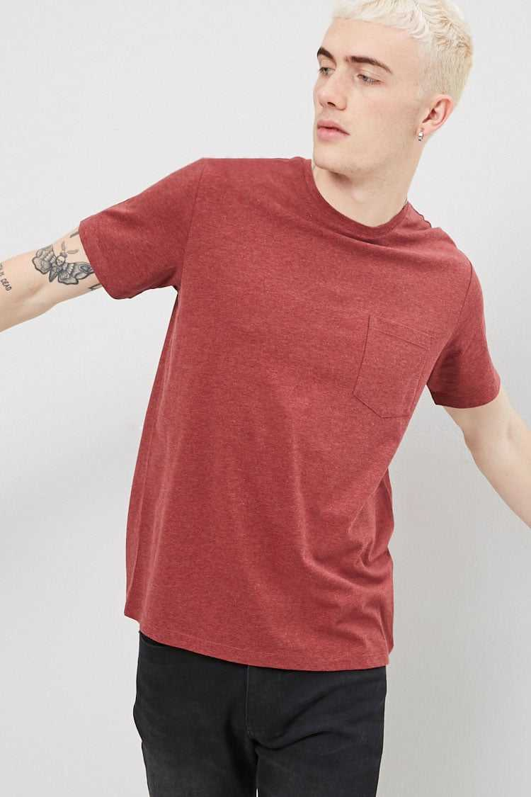 Forever21Men's Crew Neck Pocket Tee Shirt - Burgundy UK - GOOFASH