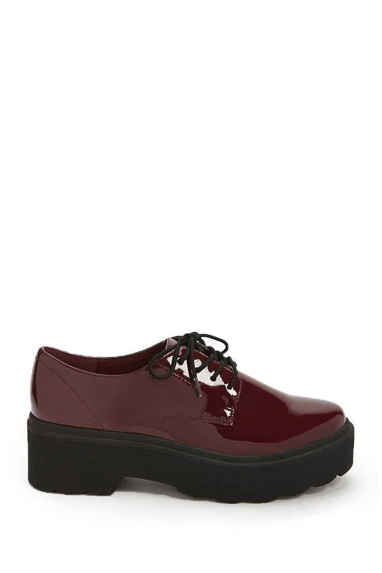 Forever21Women's Faux Patent Leather Shoes - Burgundy UK - GOOFASH