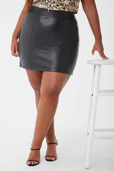 Forever21Women's Plus Size Faux Leather Skirt - Black UK - GOOFASH