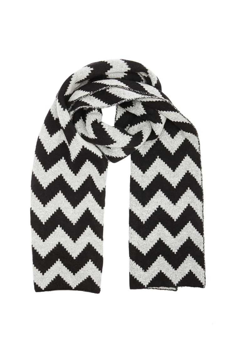 Forever21Zigzag Brush Knit Scarf - Black/Grey UK - GOOFASH