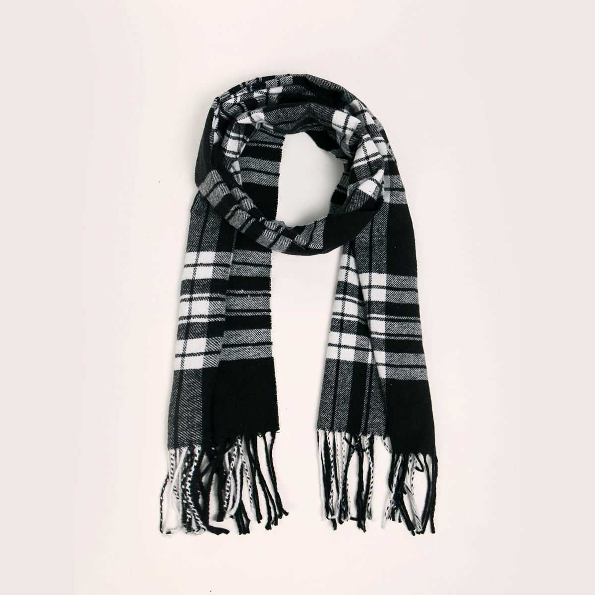 Guys Plaid Pattern Tassel Decor Scarf in Multicolor by ROMWE on GOOFASH