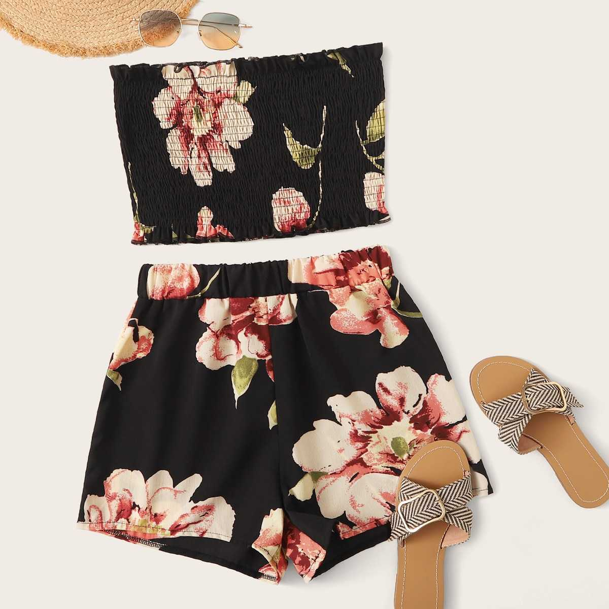 Large Floral Print Shirred Bandeau With Shorts in Black by ROMWE on GOOFASH