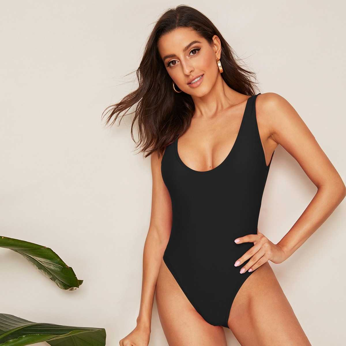 Low Back Solid One Piece Swimsuit in Black by ROMWE on GOOFASH